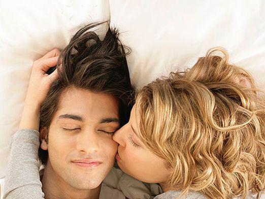 чему любимого снится к будить
